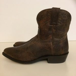FRYE Billy Stitch Short 9.5 Cracked Leather Boots